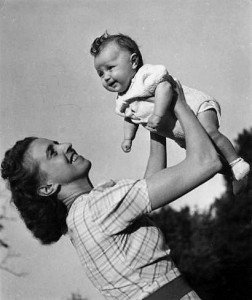 Femme et enfant, Robert Doisneau